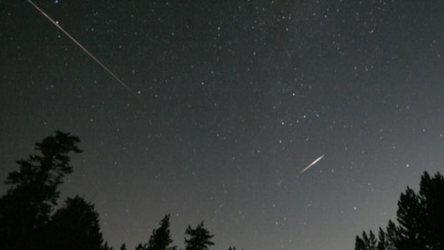 People in the city could see up to 60 meteors per hour, up to 100 per hour in the country