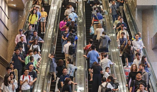 Hong Kong companies could lose revenue from shoppers visiting from mainland China if they nail their colours to the mast on a sensitive political issue. Photo: Sam Tsang