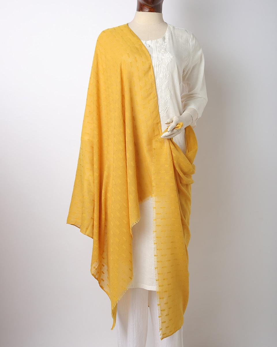 "<a href=""https://fave.co/38MocOM"" rel=""nofollow noopener"" target=""_blank"" data-ylk=""slk:BUY HERE"" class=""link rapid-noclick-resp"">BUY HERE</a> Self-design yellow scarf, by Project Eve from Ajio, for <strong>Rs. 799</strong>"