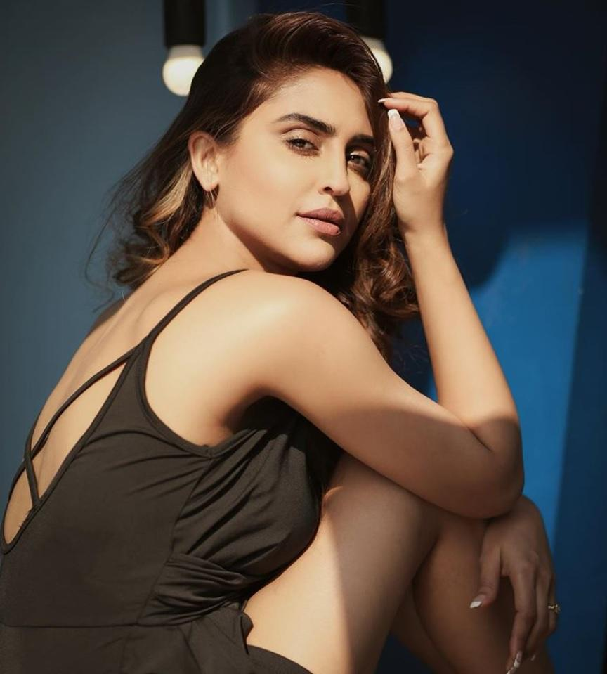 After earning unbounded fame for her roles in <em>Ek Hazaaron Mein Meri Behna Hai</em> and <em>Kasauti Zindagi Kay 2</em>, this beauty is waiting to take over the big screen. Her first Bollywood project is <em>Chehre </em>and she would be cast alongside Emraan Hashmi and Amitabh Bachchan in this mystery thriller.