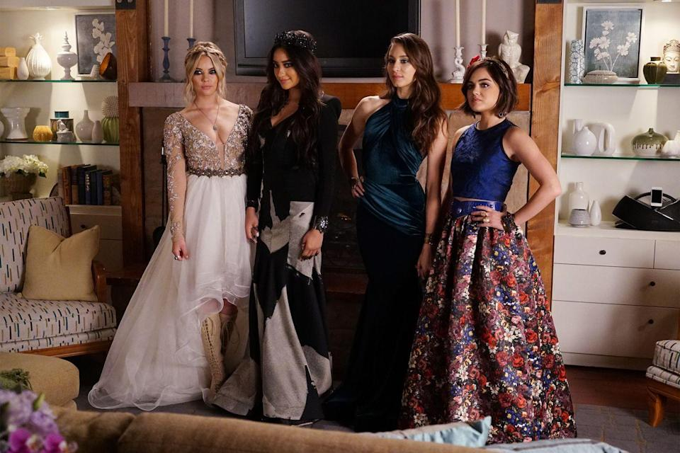 """<p><a class=""""link rapid-noclick-resp"""" href=""""https://www.amazon.com/Pretty-Little-Liars-Complete-Season/dp/B003Q93YBO?tag=syn-yahoo-20&ascsubtag=%5Bartid%7C10055.g.2475%5Bsrc%7Cyahoo-us"""" rel=""""nofollow noopener"""" target=""""_blank"""" data-ylk=""""slk:STREAM NOW"""">STREAM NOW</a></p><p>What, you thought we forgot about the other two liars? Spencer Hastings looked sophisticated in a high neck silk mermaid gown, while Aria mixed color and pattern together in a bold two-piece dress. </p>"""
