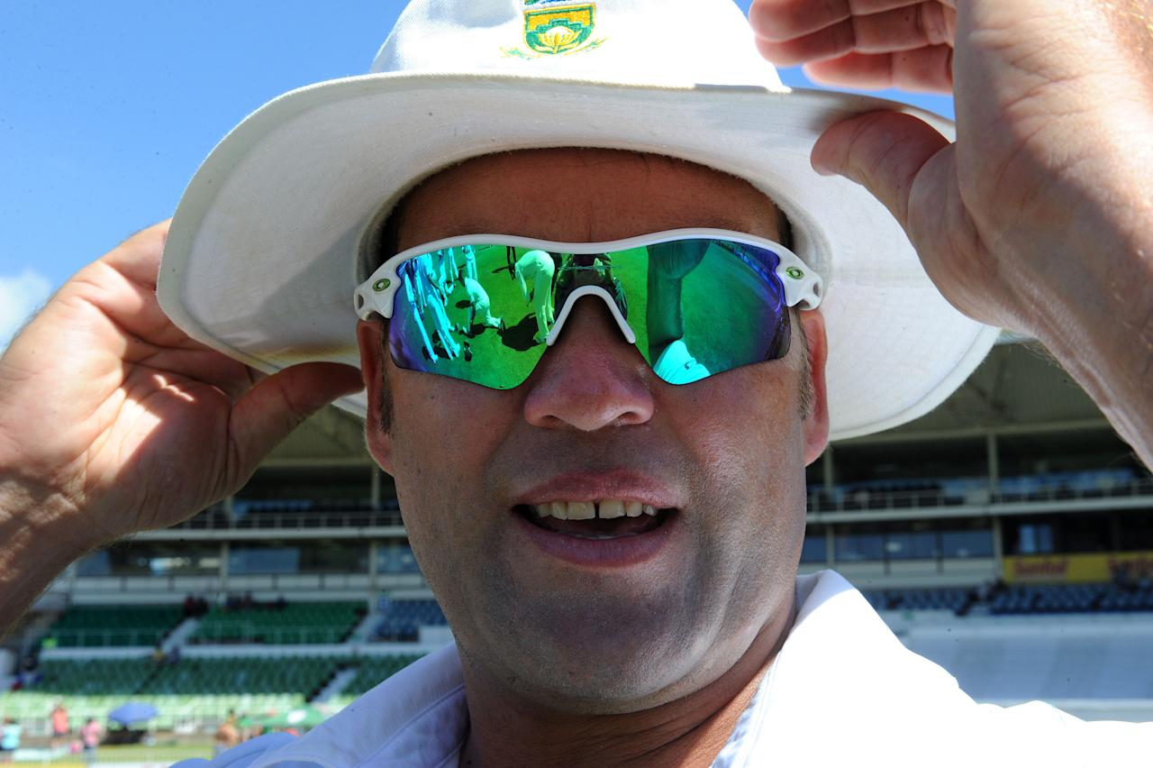 DURBAN, SOUTH AFRICA - DECEMBER 30: Jacques Kallis of South Afrca looks on during day 5 of the 2nd Test match between South Africa and India at Sahara Stadium Kingsmead on December 30, 2013 in Durban, South Africa. (Photo by Duif du Toit/Gallo Images/Getty Images)
