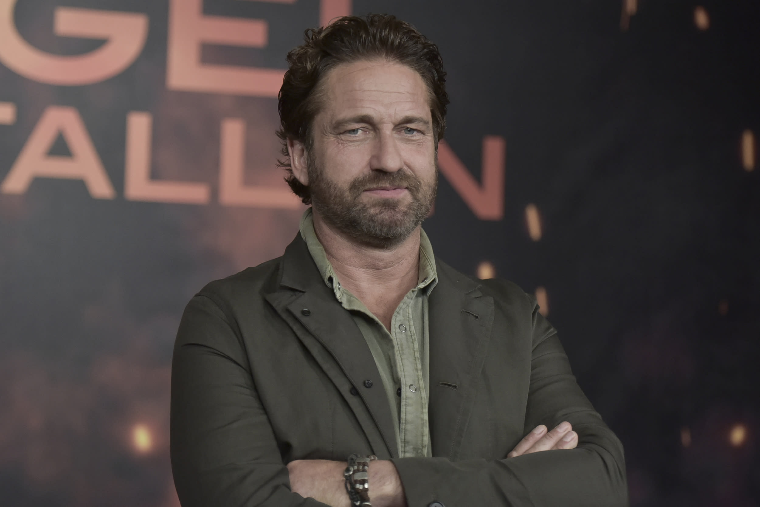 "Gerard Butler attends a photo call for ""Angel Has Fallen"" at the Four Seasons Hotel on Friday, Aug. 16, 2019, in Los Angeles. (Photo by Richard Shotwell/Invision/AP)"