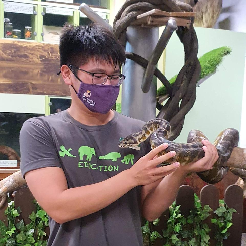 Isaac facilitates school programmes within the Wildlife Reserves Singapore parks.