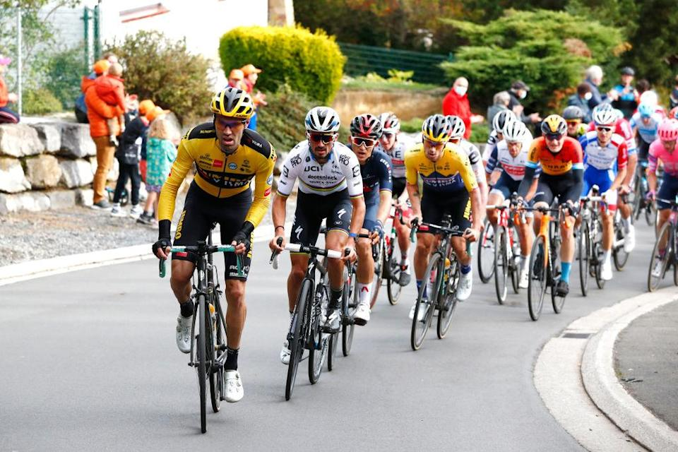 LIEGE BELGIUM  OCTOBER 04 Tom Dumoulin of The Netherlands and Team JumboVisma  Julian Alaphilippe of France and Team Deceuninck  QuickStep World Champion Jersey  Michal Kwiatkowski of Poland and Team Ineos Grenadiers  Marc Hirschi of Switzerland Team Sunweb  Primoz Roglic of Slovakia and Team JumboVisma  Tadej Pogacar of Slovenia and UAE Team Emirates  during the 106th Liege  Bastogne  Liege 2020 Men Elite a 257km race from Liege to Liege  LBL  classiquesardennes  on October 04 2020 in Liege Belgium Photo by Bas CzerwinskiGetty Images