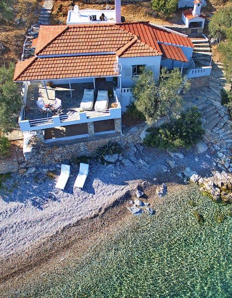 Fishermans Cottage, Alonissos - Credit: GIC The Villa Collection