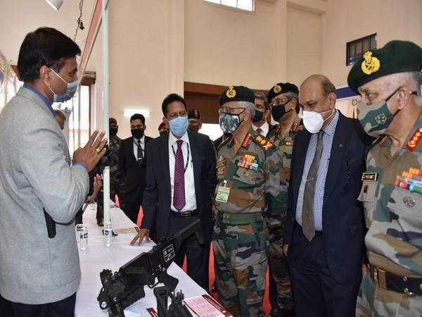 COAS General MM Naravane visited the D-G of Armament and Combat Engineering at DRDO here in Pune. (Photo Credit: DRDO)