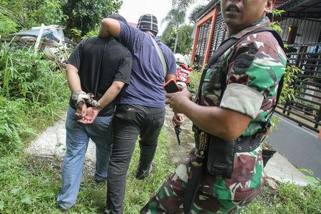 Escaped prisoners returned to overcrowded Indonesia jail