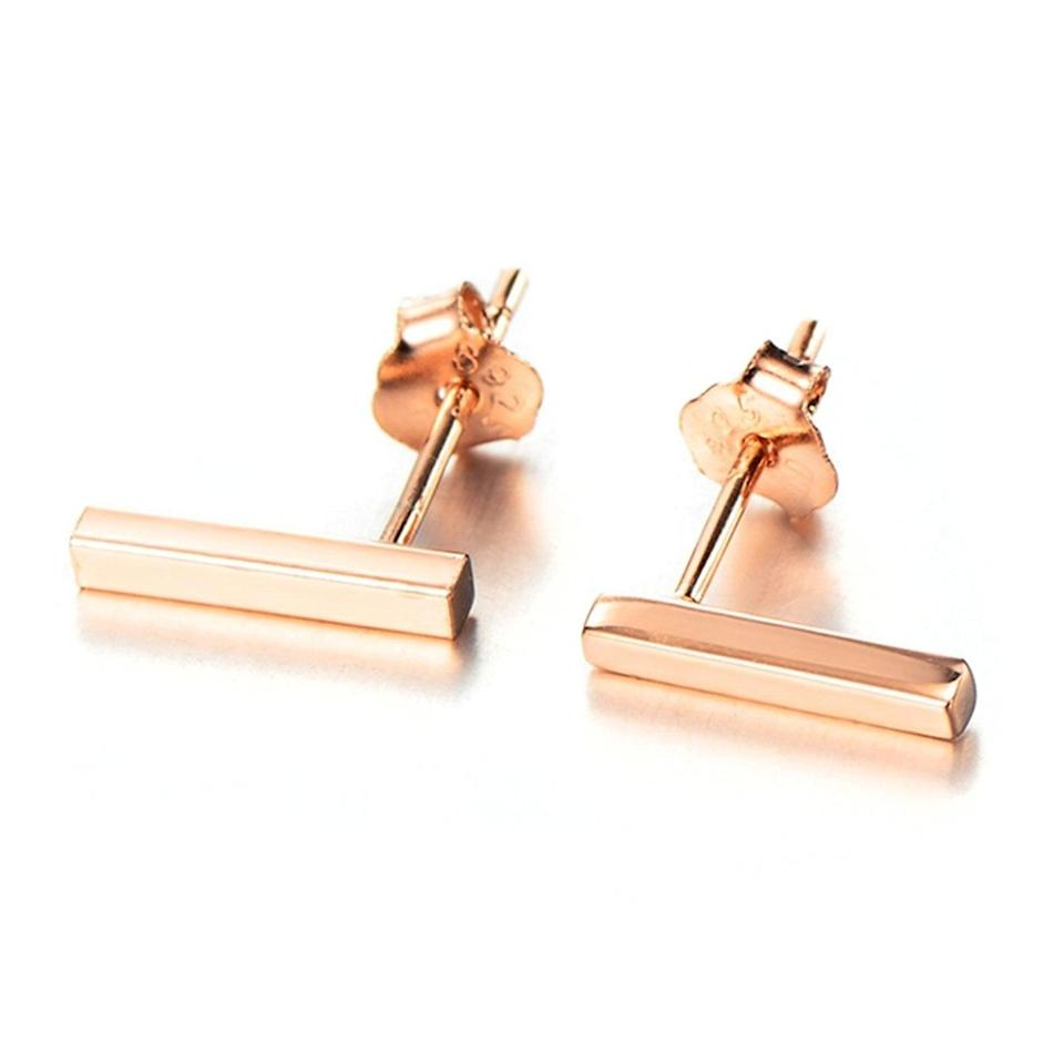 <p>Minimalists will appreciate these <span>Lemondrop Bar Stud Earrings</span> ($15). </p>