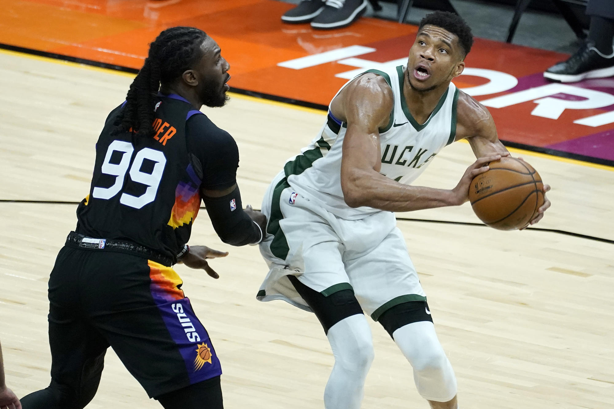 Suns rally to beat Bucks 125-124 despite Giannis' 47 points