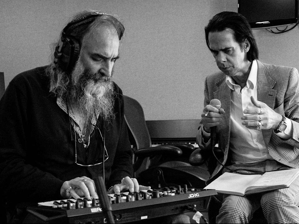 <p>Warren Ellis with Nick Cave</p> (Joel Ryan)