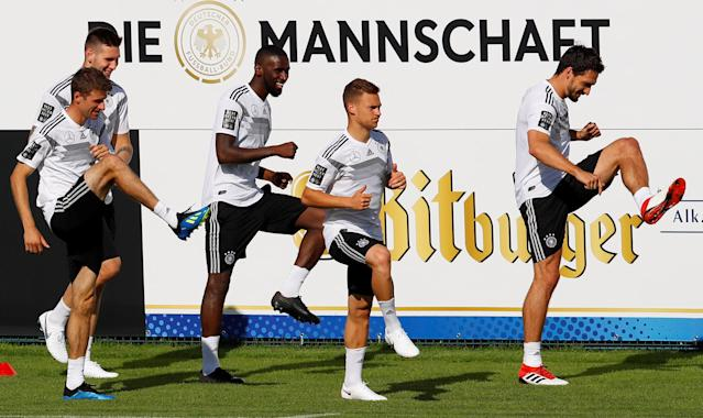 Soccer Football - FIFA World Cup - Germany Training - Eppan, Italy - May 26, 2018 Germany's Thomas Muller, Niklas Sule, Antonio Rudiger, Joshua Kimmich and Mats Hummels during training REUTERS/Leonhard Foeger