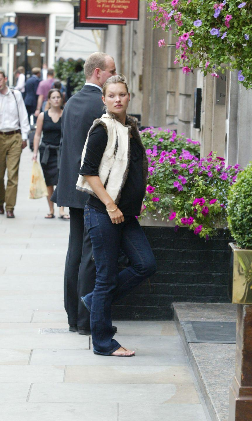 <p>Finally, comfort was key for pregnancy style, as demonstrated by an expecting Kate Moss.</p>