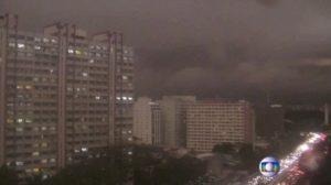 Sao Paulo in complete daytime blackout fue to smoke clouding around from Amazon Fires on Monday.