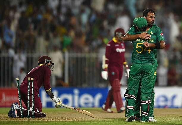 SHARJAH, UNITED ARAB EMIRATES - SEPTEMBER 30: Wahab Riaz of Pakistan celebrates taking the wicket of Marlon Samuels of West Indies during the first One Day International match between Pakistan and West Indies at Sharjah Cricket Stadium on September 30, 2016 in Sharjah, United Arab Emirates. (Photo by Tom Dulat/Getty Images). (Photo by Tom Dulat/Getty Images)