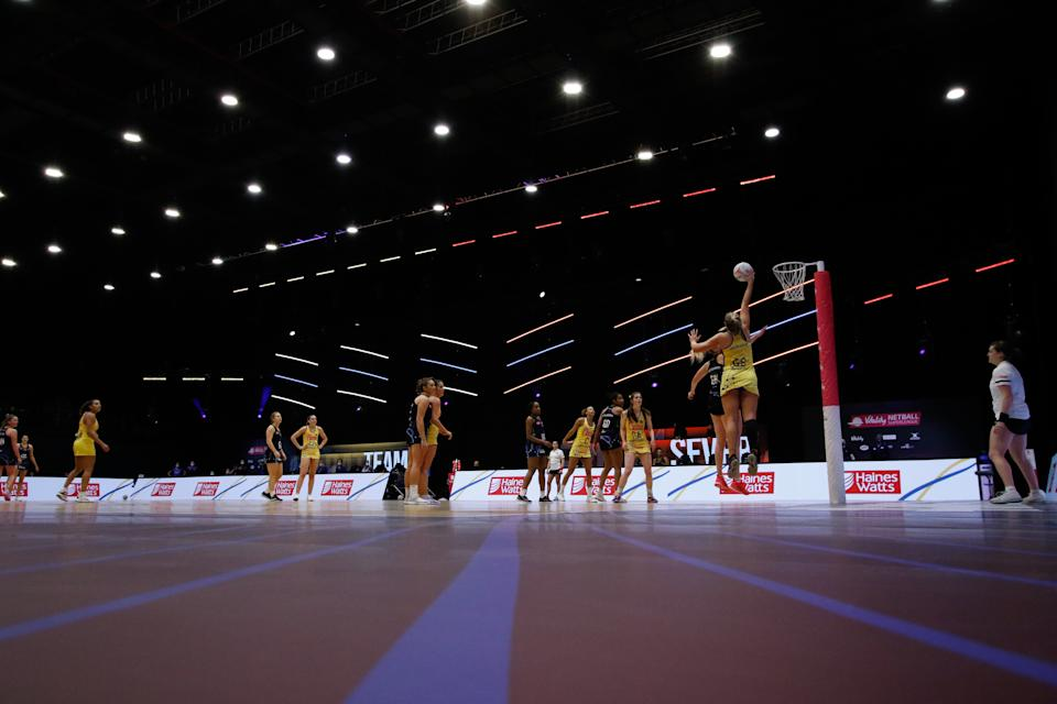 Reigning champions Manchester Thunder recorded their fifth win of the season against Leeds Rhinos, but remain nine points off pace setters Team Bath © Ben Lumly: Vitality Netball Superleague