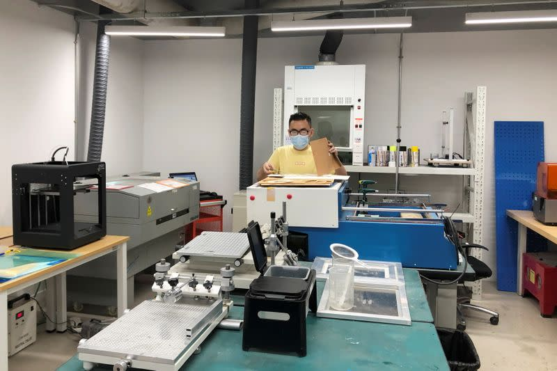 A Hax staff member helps a hardware startup in Australia with a prototype in Shenzhen