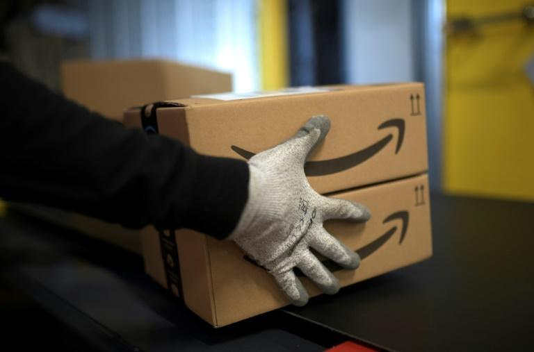 Amazon says it will increase wages for some 500,000 US workers after it staved off a unionization drive at one warehouse
