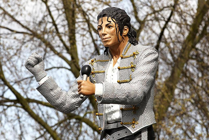 <p>After decades in the spotlight, the late Michael Jackson had some powerful friends, including the Egyptian businessman Mohamed al-Fayed. Al-Fayed even commissioned a statue of his friend that he decided to erect outside London's Craven Cottage, the home field for the local football club, in 2011. Fans protested that the 7-foot-6 tribute had no relevance to the stadium — which was true — and al-Fayed ended up taking the statue with him when he left the organization in 2013. However, anyone interested in seeing the statue can check it out in person at the National Football Museum in Manchester, England. (Photo: Getty Images) </p>
