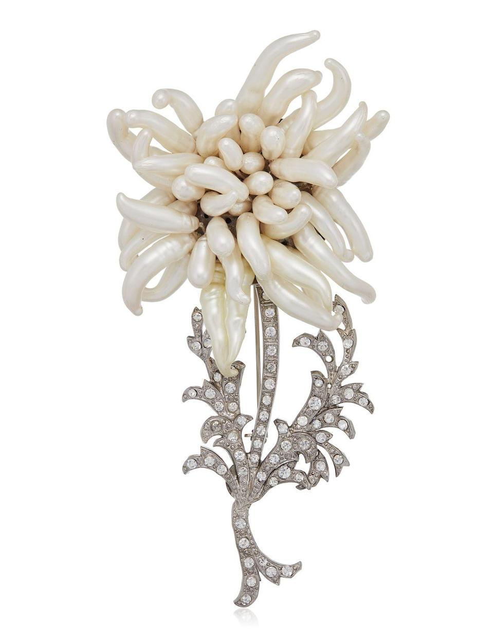<p>This lively monochrome brooch is estimated to be worth $2,000 to $3,000.</p>