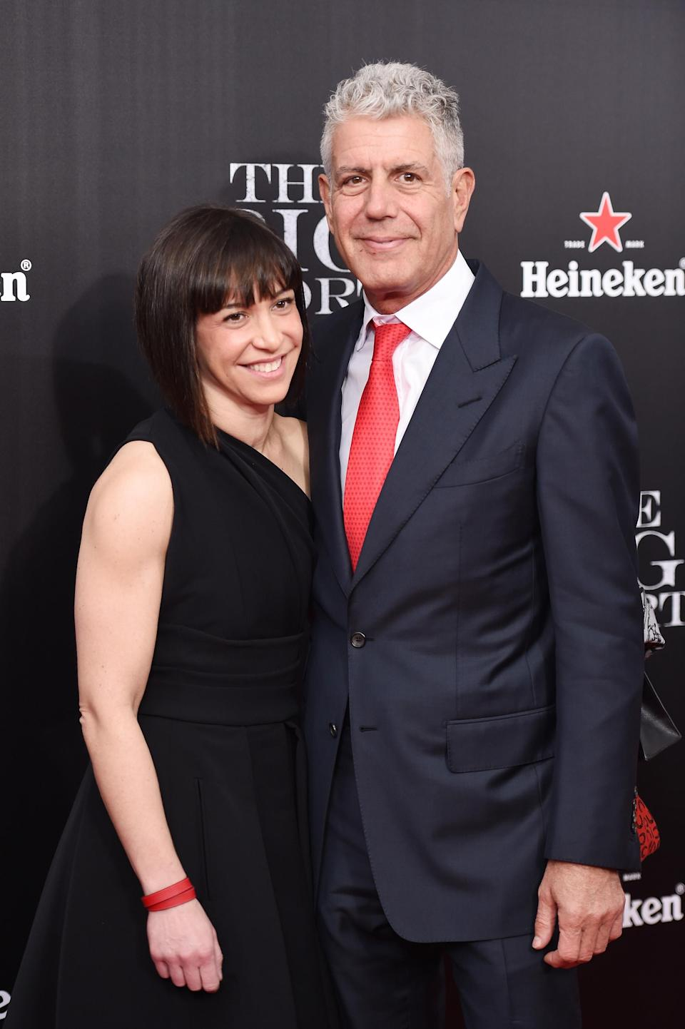Anthony Bourdain with his second wife, Ottavia Busia, at the premiere of <em>The Big Short</em>, Nov. 23, 2015, in New York. (Photo: Dimitrios Kambouris/Getty Images)