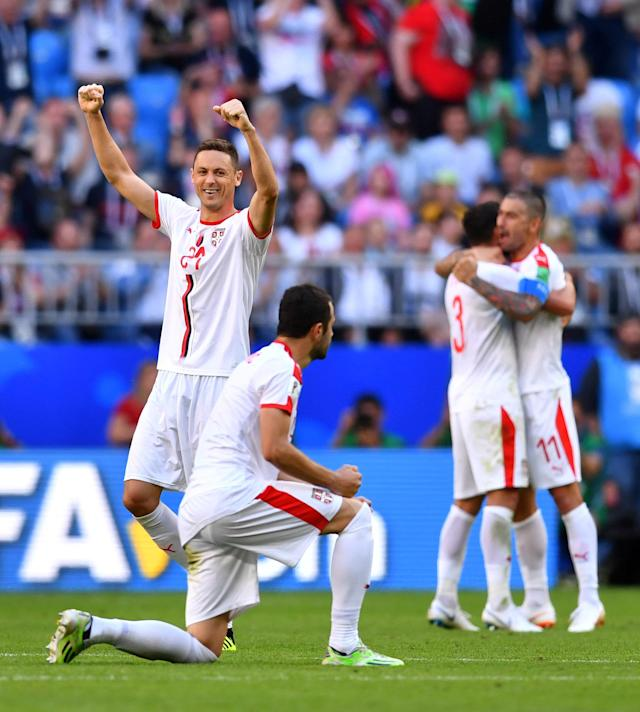 Soccer Football - World Cup - Group E - Costa Rica vs Serbia - Samara Arena, Samara, Russia - June 17, 2018 Serbia's Nemanja Matic and Luka Milivojevic celebrate victory after the match REUTERS/Dylan Martinez TPX IMAGES OF THE DAY