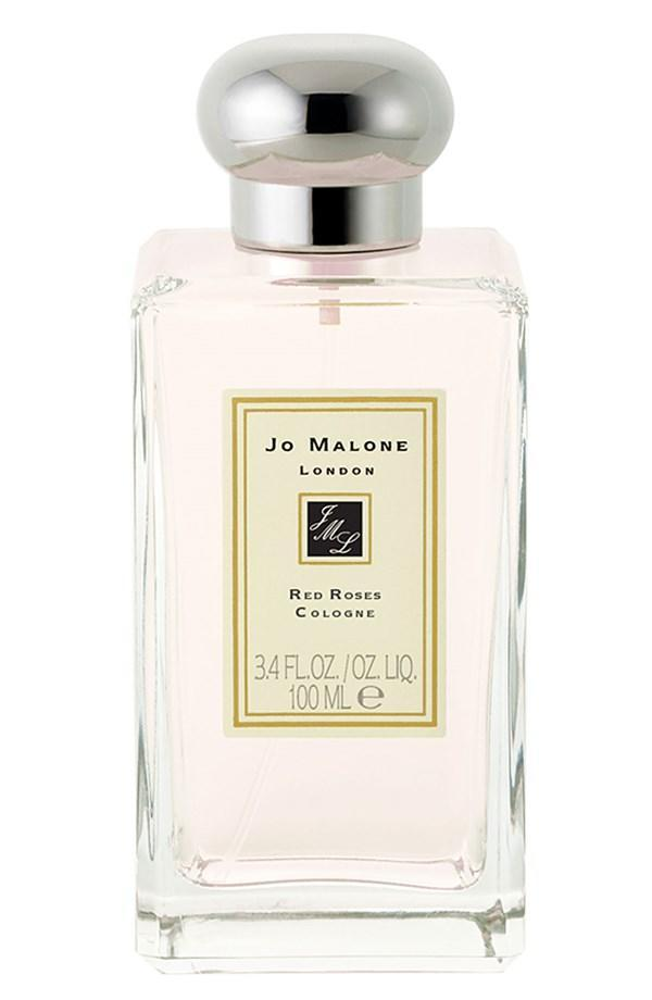A combo of seven roses, violet leaves, and lemon, this delicate scent works for everyone. The brand is donating $40,000 to the Breast Cancer Research Foundation, regardless of purchase.