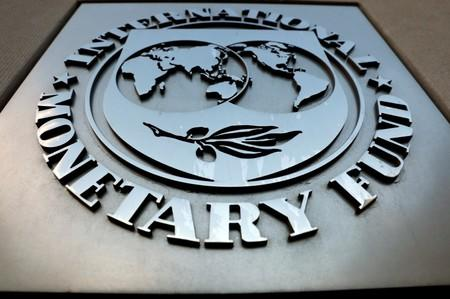IMF urges Yemen government to pay public sector wages across country