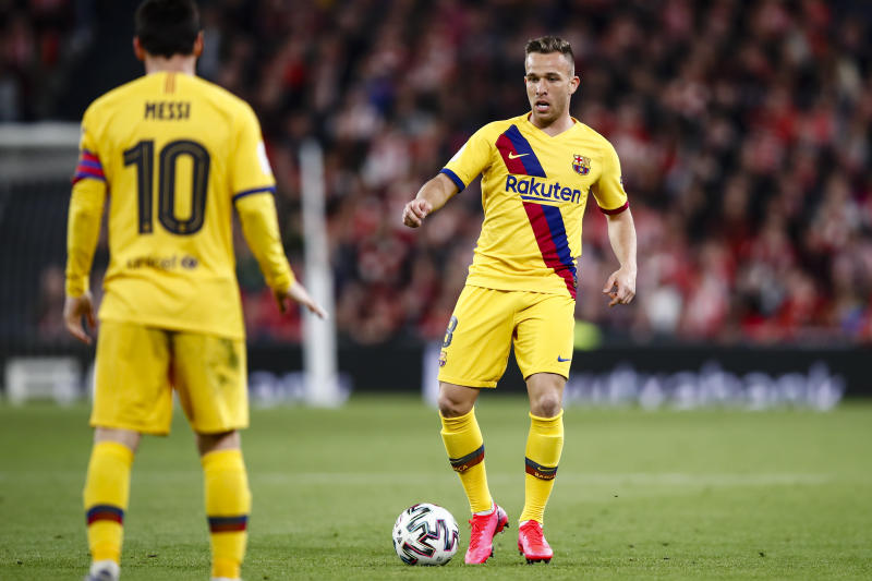 08 Arthur Melo from Brasil of FC Barcelona and 10 Lionel Messi from Argentina of FC Barcelona during the Spanish King Cup match between Athletic Club de Bilbao and FC Barcelona at San Mames Stadium on February 06, 2020 in Bilbao, Spain. (Photo by Xavier Bonilla/NurPhoto via Getty Images)