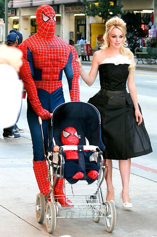 """Lindsay Lohan recently split with her boyfriend Riley Giles, but who would've guessed she would rebound with Spider-Man? This actress was seen around L.A. with The Hulk, Batman, and Robin while shooting a superhero-themed commercial. APG/<a href=""""http://www.x17online.com"""" target=""""new"""">X17 Online</a> - December 4, 2007"""