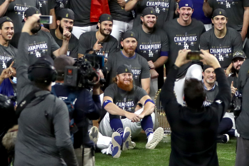 ARLINGTON, TEXAS - OCTOBER 27: Justin Turner #10 and the Los Angeles Dodgers pose for a photo.