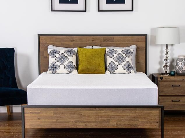 <p>Brooklyn Bedding's <span>Luxury Cooling Mattress Protector</span> ($99) really helps to keep night sweats at bay, thanks to the mattress topper's fabric technology that's designed to draw heat away from the body.</p>