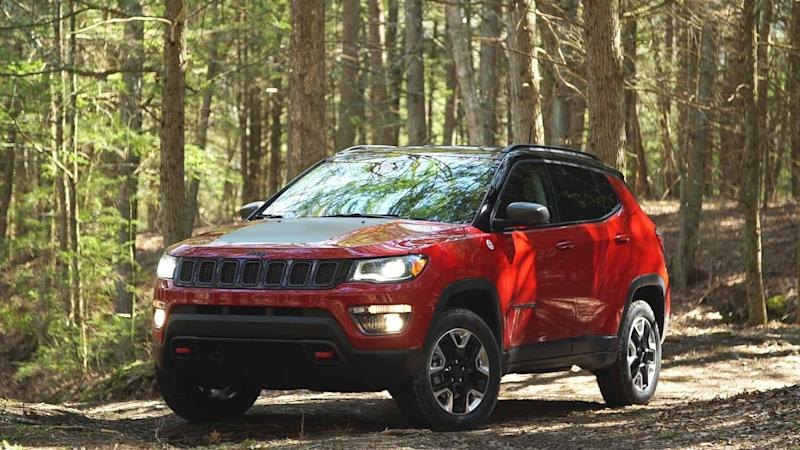 2017 jeep compass plugs a gap. Black Bedroom Furniture Sets. Home Design Ideas