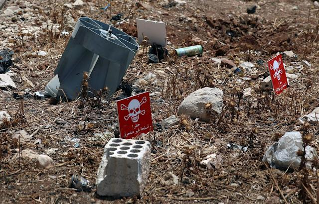 <p>The remains of cluster munitions container in the rebel-held area in Deraa, Syria July 26, 2017. (Photo: Alaa al-Faqir/Reuters) </p>