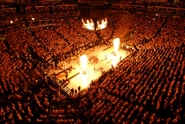"The <a class=""link rapid-noclick-resp"" href=""/nba/teams/gsw/"" data-ylk=""slk:Golden State Warriors"">Golden State Warriors</a> will not be using pyrotechnics at Tuesday's opener out of respect for those affected by the Northern California wildfires. (Getty Images)"