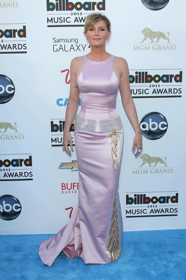 Worst dressed at the Billboard Music Awards: Jennifer Nettles got it wrong in a too-tight dress. Copyright [WENN]