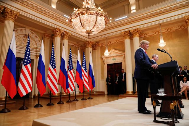 <p>U.S. President Donald Trump and Russia's President Vladimir Putin hold a joint news conference after their meeting in Helsinki, Finland, July 16, 2018. (Photo: Kevin Lamarque/Reuters) </p>