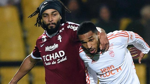 The Metz defender took exception to some jostling while forming part of a defensive wall, with a show of petulance leading to him being sent off