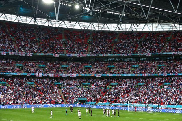 LONDON, ENGLAND - JUNE 29: A general view of match action at Wembley Stadium during the UEFA Euro 2020 Championship Round of 16 match between England and Germany at Wembley Stadium on June 29, 2021 in London, United Kingdom. (Photo by Robbie Jay Barratt - AMA/Getty Images) (Photo: Robbie Jay Barratt - AMA via Getty Images)