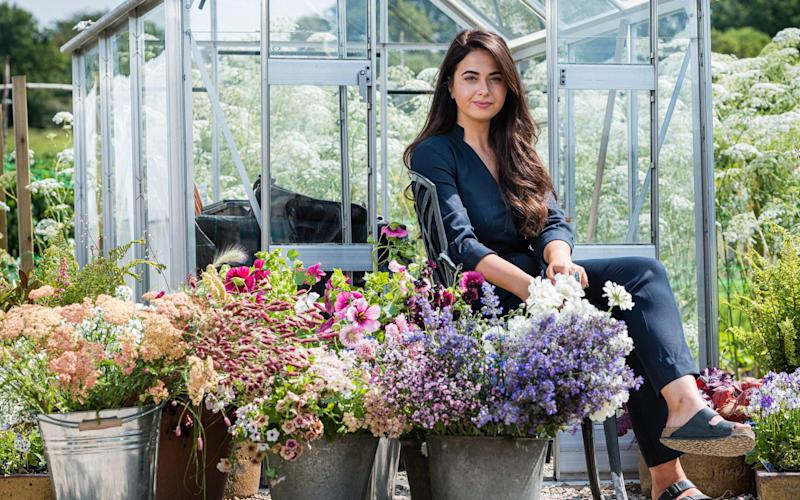 Hannah-Victoria Taylor of Ixia Botanicals will give a tutorial on wedding flowers and bouquets - Phil Rigby