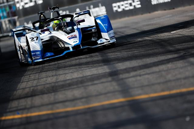 BMW retains Sims for Formula E in 2019/20