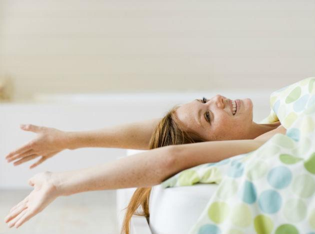 <b>Look and feel younger, tip 9: Get more sleep </b><br>Most of us lead busy lives, and this can mean that we cut back on our sleep. However, researchers believe that this could actually accelerate the speed with which we age. Researchers from the US Department of Medicine in Chicago found that the hormonal changes resulting from a lack of sleep trigger changes in the body similar to ageing, meaning that ongoing sleep deprivation could exacerbate or speed up the onset of many age-related conditions such as memory loss, obesity and diabetes. To look and feel younger, try to implement a regular bedtime routine and make sure that you are getting enough sleep.