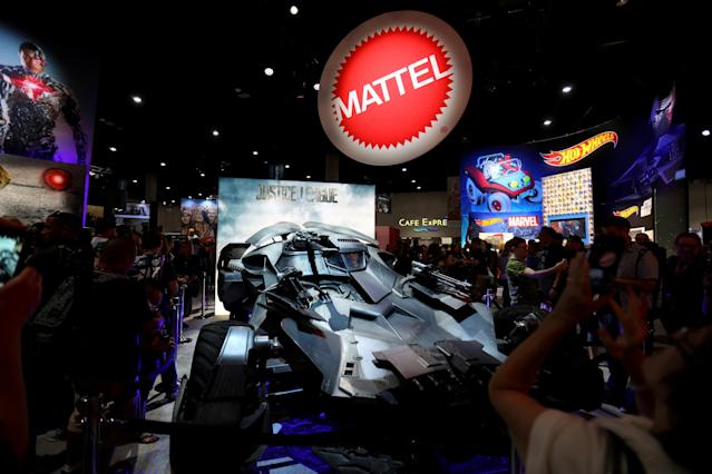 FILE PHOTO: Comic Con fans gather at the Mattel booth they participate in the opening preview night at Comic Con International in San Diego,California, U.S., July 19, 2017. REUTERS/Mike Blake/File Photo GLOBAL BUSINESS WEEK AHEAD