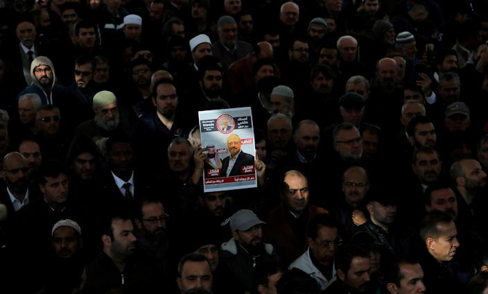 People attend a symbolic funeral prayer for Saudi journalist Jamal Khashoggi in the courtyard of the Fatih mosque in Istanbul on Nov. 16, 2018. (Photo: Huseyin Aldemir/Reuters)