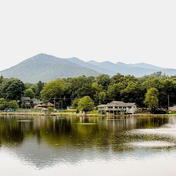 "<p>Black Mountain is nestled deep in the Blue Ridge Mountains with a population of 7,500 and is considered one of the prettiest small towns in the United States, <a href=""https://www.tripadvisor.com/VacationRentalsBlog/2016/11/11/americas-prettiest-small-town-vacations/"" rel=""nofollow noopener"" target=""_blank"" data-ylk=""slk:according to Trip Advisor"" class=""link rapid-noclick-resp"">according to Trip Advisor</a>. Taking a stroll through the Town Square reveals stunning landscaping, the small town's famous <a href=""https://www.exploreblackmountain.com/"" rel=""nofollow noopener"" target=""_blank"" data-ylk=""slk:rocking chairs"" class=""link rapid-noclick-resp"">rocking chairs</a>, and of course, hiking trails, camping grounds, and waterfalls.</p>"