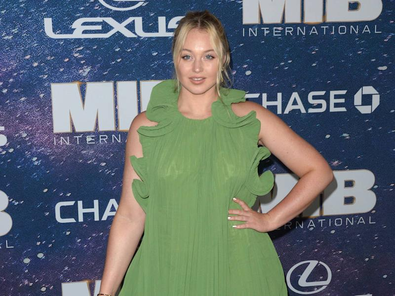 Iskra Lawrence wants to wear crop tops throughout pregnancy