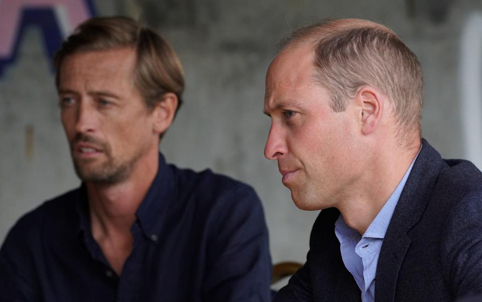 The Duke of Cambridge met with Peter Crouch during a visit to Dulwich Hamlet FC - Kirsty O'Connor