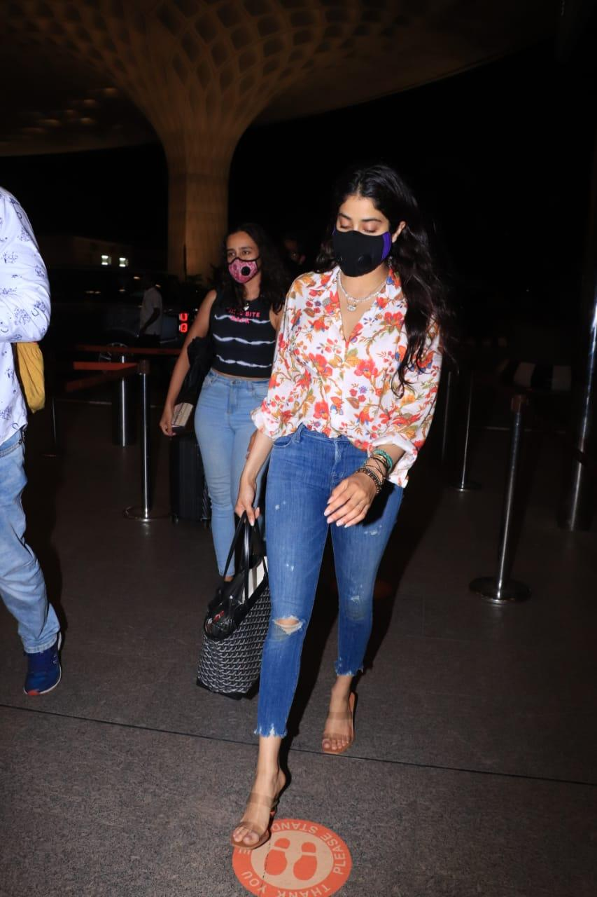 Celebrities leave town as Maharashtra gets into a lockdown