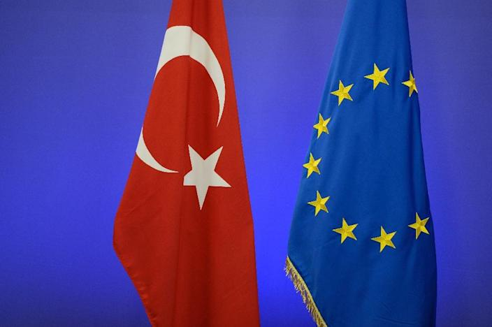 """In the EU's latest report on Turkey's long-stalled bid to join the union, the European Commission said """"serious shortcomings"""" on democracy and the rule of law remained in the country (AFP Photo/THIERRY CHARLIER)"""