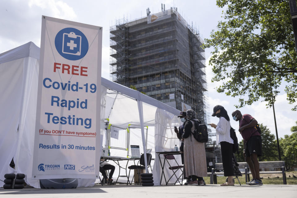 LONDON, ENGLAND - JUNE 15: A Covid-19 rapid testing facility is set up in Elephant and Castle on June 15, 2021 in London, England. Around 30 million people, or 45 percent, in the UK are fully vaccinated against Covid-19, but the government has postponed the full easing of social restrictions for another month, to allow time to expand its vaccination programme even further. (Photo by Dan Kitwood/Getty Images)